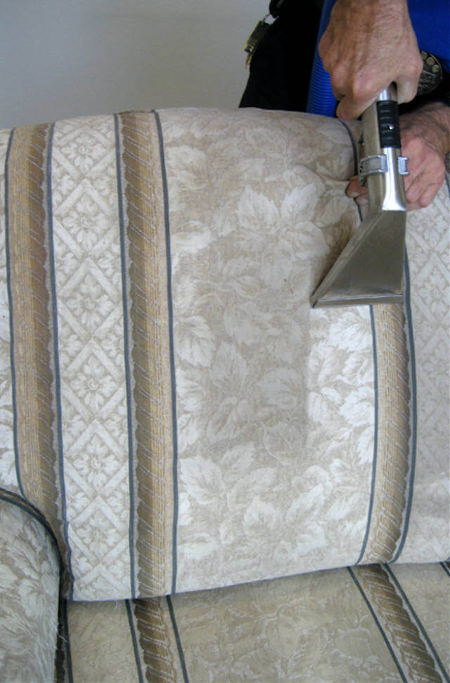 reno-upholstery-cleaning